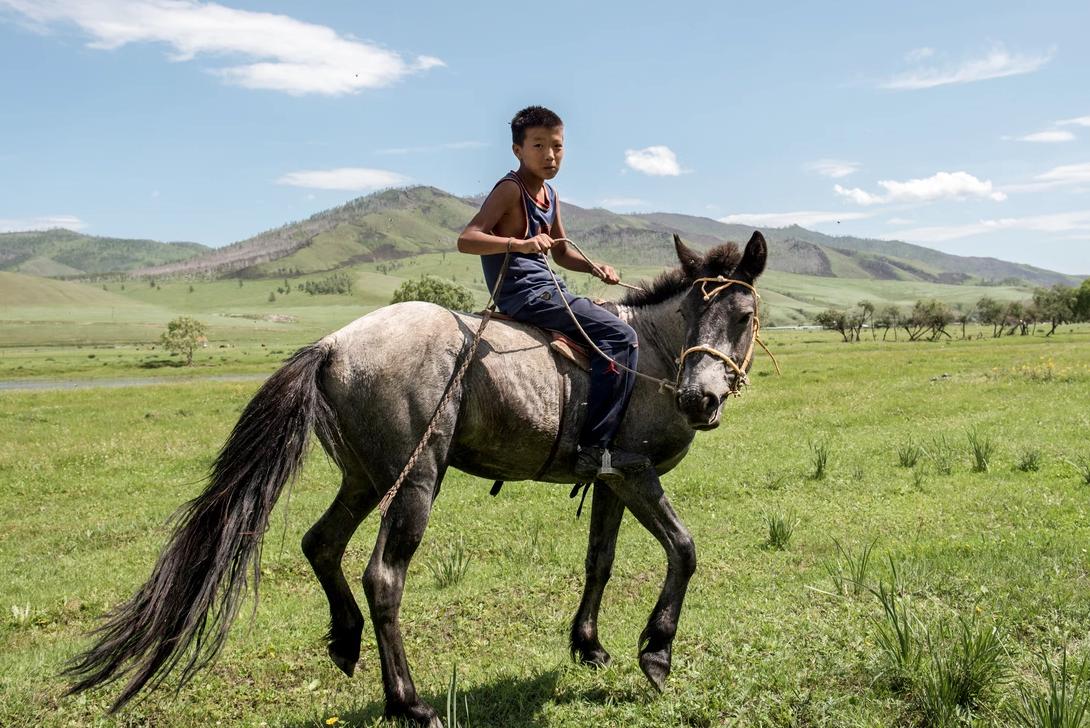 Mongolian boy in Tunkhel