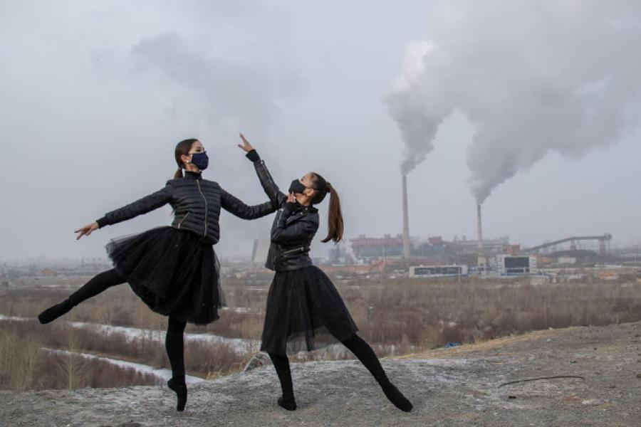 Dancers call for action against air pollution