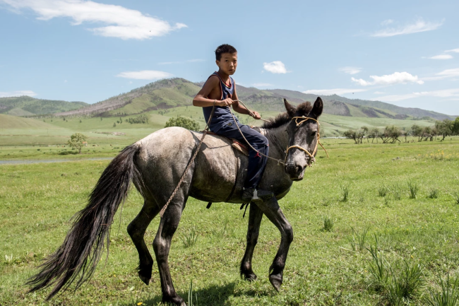 Mongolian boy in Tunkhel
